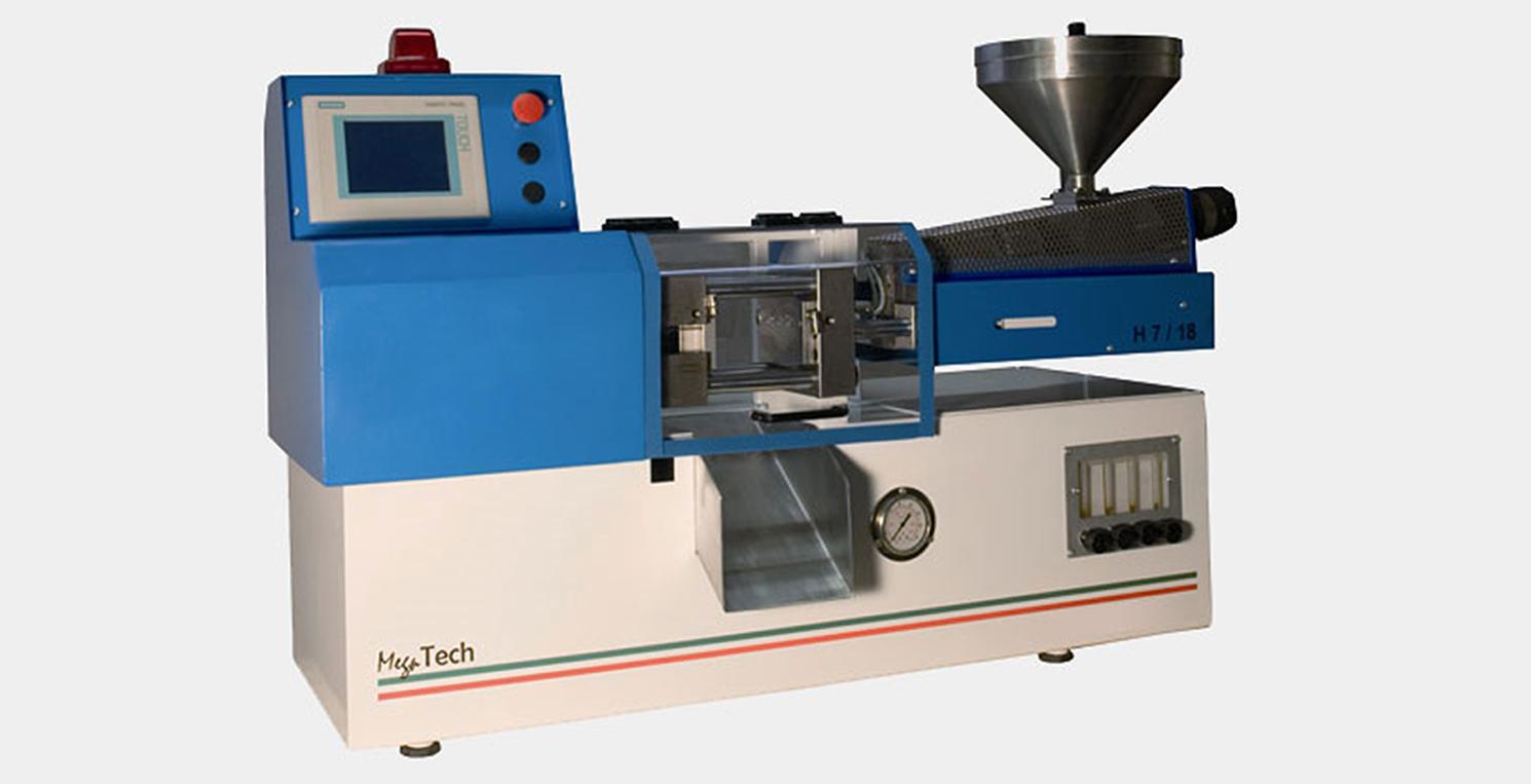 Stampaggio di micro-ingranaggi termoplastici